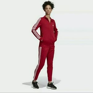 NEW**Adidas Women Track Suit Set XL